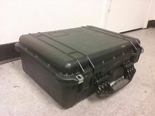Pelican 1520 storage and shipping container case with foam