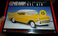AMT 1957 Chevy Bel Air COUPE 1/25 Model Car Mountain KIT FS 4295