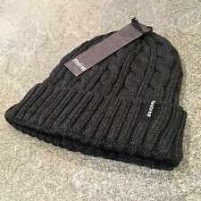 Firetrap Para Hombre Carbón Cable Knit Beanie Hat BNWT os embarque cráneo casquillo RRP £ 18