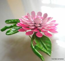 AMAZING! dimensional TROPICAL ombre PINK flower PIN with LONG GREEN leaves Pn901
