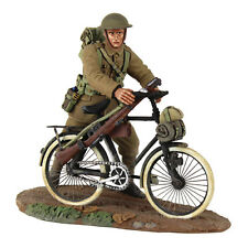 BRITAINS SOLDIERS 23085 - 1916-17 British Infantry Pushing Bicycle No.1 WW1