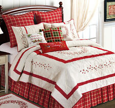 RED BERRY EMBROIDERED Full Queen QUILT : GARDEN CHRISTMAS WREATH COMFORTER