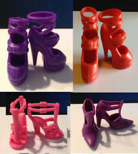 BARBIE LOTTO SCARPE 2 SHOES SCHUHE CHAUSSURES ACCESSORI OUTFIT SET LOT OOAK