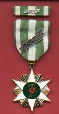 One Full size Vietnam Campaign Award medal with ribbon bar 60 device