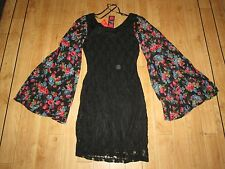 RARE LACE STRETCH FIGURE HUGGING/PLEAT FLORAL SLLEVES DRESS, SIZE 10, NWT