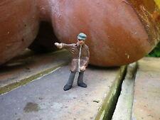 Figurine NOREV ou FF MODEL n°32 pour DIORAMA Solido / Dinky / Corgi état neuf