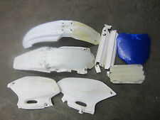 2000 Yamaha YZF426 Misc Chassis Plastics / Fender Side Panel YZ 426