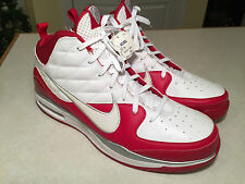 Brand New With Tag Mens Nike Size 19 Red White Quilted Basketball Dream Sneakers