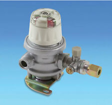 Caravan Gas Regulator Automatic Changeover Regulator  - 8mm Gas Pipe Outlet
