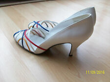 Russell & Bromley White Lether Shoes Size 9 1/5 UK 7, net top