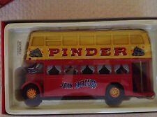 Corgi 35202 Pinder Jean Richard Circus - Daimler Bus - Near Mint - 1998