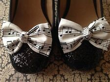 NEW IVORY BLACK MUSIC MUSICAL NOTE PRINT COTTON BOW SHOE CLIPS VINTAGE 50s RETRO