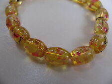 VINTAGE RETRO YELLOW RED AMBERINA GLASS SPLATTER PAINTED  BEADS STRETCH BRACELET