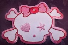 HORROR HIGH MONSTER HIGH PINKY GIRLY SKULL EMBROIDERED PATCH PINK BOW