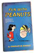 FUN WITH PEANUTS - CHARLIE BROWN - By CHARLES M. SCHULZ - A FAWCETT CREST BOOK