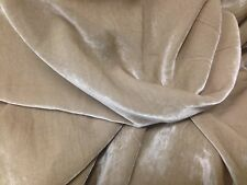 "7"" sq. Fine Quality Beige Silk Blend Velvet swatch"
