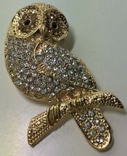GOLD OWL BROOCH CLEAR COLOURED CRYSTAL STONES / COSTUME PIN