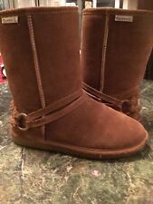 ladies Bearpaw boots size 10