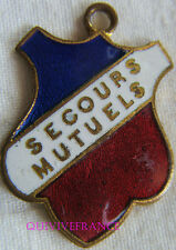 BG6999 - INSIGNE BADGE TRICOLORE - SECOURS MUTUELS
