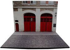 Diorama présentoir Caserne de pompiers - Fire Station - 1/43ème - #MR43F003
