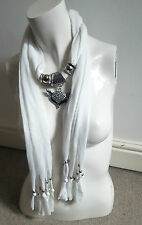 BNWT Lovely White Scarf with Diamante Jewelled Silver & Black Lucky Fox Necklace