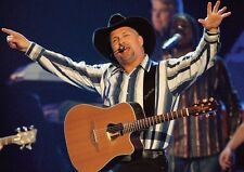 Garth Brooks Awesome Live POSTER