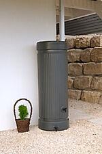 Regenwassersäule, Regenwassertank 300 Liter, Wasserbehälter
