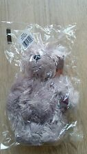 Cliff Richard Bear Scruffy 43944 signed with tag in ear by Gund Brand New