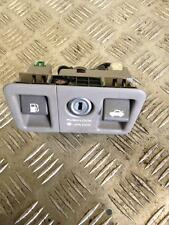 2001 SALOON LEXUS LS430 LS 430 4.3 VVTI FUEL TANK  AND BOOT RELEASE SWITCH