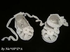 NEWBORN BABY GIRLS SHOES BOOTIES SANDALS HANDMADE CROCHET WHITE idea 0 -3 months