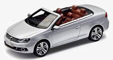NEW GENUINE VW EOS REFLEX SILVER 1:43 SCALE DIECAST MODEL CAR