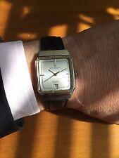 Introvabil orologio carre  Cortbert Quartz in ottime condizioni e funzionante