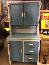 Vintage 1950's Kitchen Cabinet Ti2884