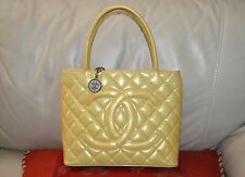 AUTHENTIC, PRETTY AND CLASSIC CHANEL QUILTED HAND/OVER THE WRIST BAG.