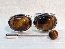 Tiger Eye Cufflinks with matching Cravat/Tie Pin in a Silver finish.
