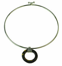 LADIES SILVER TONE CIRCLE COLLAR NECKLACE, TORTOISE SHELL LOOK PENDANT (ZX2)