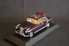 Minichamps Mercedes-Benz 220 Saloon 1956 - 1959 1:43 Red (JS)