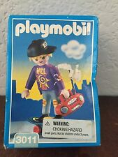 PLAYMOBIL 3011 RARE VINTAGE 1998  SKATEBOARDER BOY NEW In Box