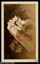 POIGNANT SUNLIGHT on DEAD WOMAN in COFFIN ~ 1920s POST MORTEM VINTAGE PHOTO