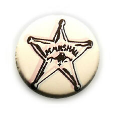 Badge ESTRELLA MARSHALL SHERIF N&B étoile sheriff cowboy country pop pins Ø25mm