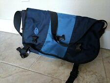Timbuk2 Classic Messenger Bag size medium
