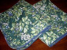 Lot of 2 (a Pair) Laura Ashley BERRY BRAMBLE Green Standard Shams Made in USA