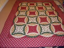 Pretty Christmas Double Wedding Ring Quilt