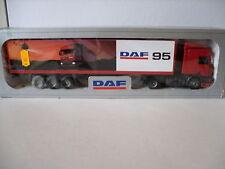 TEKNO camion semi-remorque DAF transport DAF 95 en boite 1/50