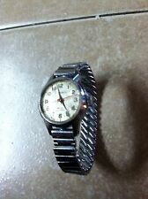 Caravelle Bulova Lady's Watch Manual Wind Up 17 Jewels , Working Condition .