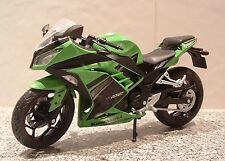 1:12 KAWASAKI NINJA 300 SPORT MODEL SUPERB DETAIL XMAS GIFT FANTASTIC MEAN GREEN