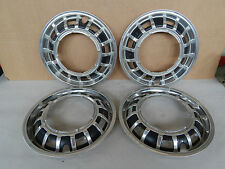 SET 4 BORCHIE NOS! VOLKSWAGEN VW JETTA GLi E SIMILI ORIGINALI TIPO GOLF RABBIT