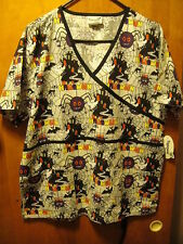 HALLOWEEN Scrub Top ~ Medium ~ NWT ~ Peppermint Scrubs Haunted House Mad Spider