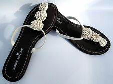 MONTEGO-BAY-CLUB-Womens-WHITE-Flower-Thong-Flip-Flop-Summer Sandals-9 M-NEW