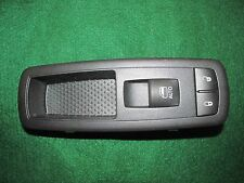 2009-2010-2011-2012-2013-2014 Volkswagen Power Window/Lock Button Assy #68290692